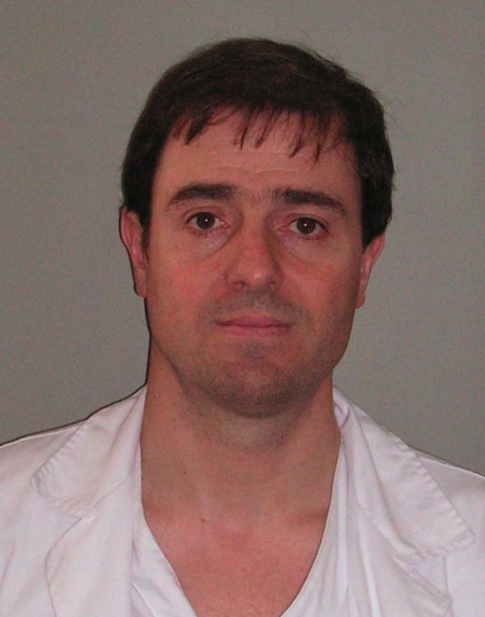 Dr. Xavier Muñoz - xmunoz@vhebron.net